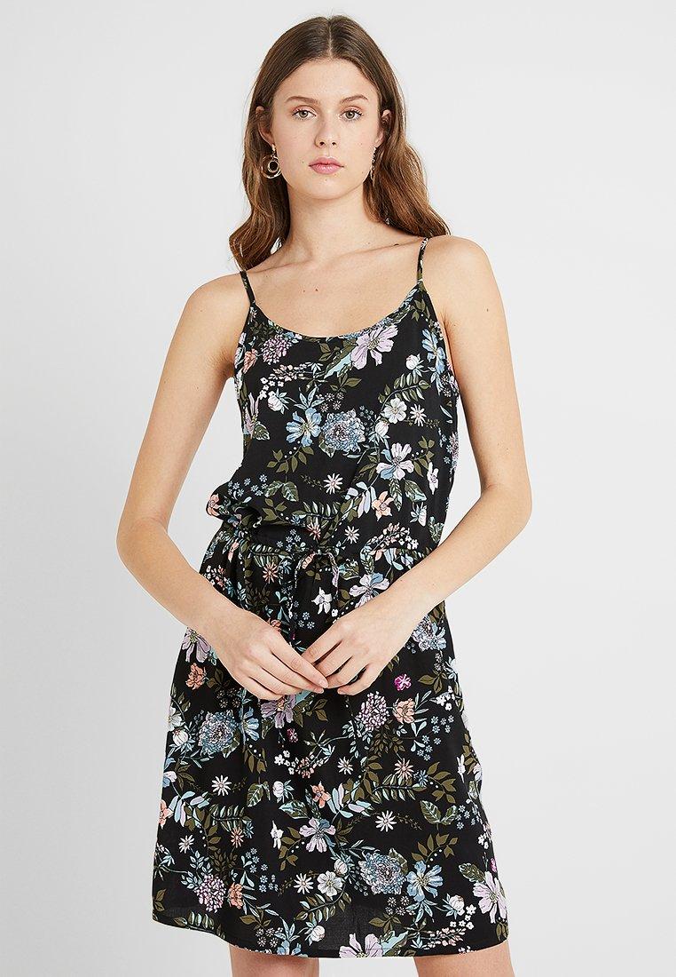 Vero Moda Tall - VMSIMPLY EASY SINGLET SHORT DRESS - Freizeitkleid - black