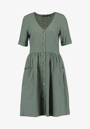 VMMALLI DRESS  - Denní šaty - laurel wreath