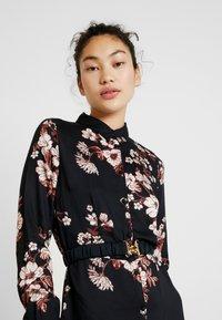 Vero Moda Tall - Maxi šaty - black/belle - 5