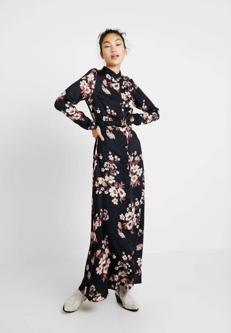 Vero Moda Tall - Maxi šaty - black/belle