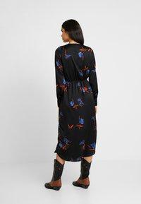 Vero Moda Tall - VMLOLA CALF DRESS  - Maxi šaty - black/lola - 3