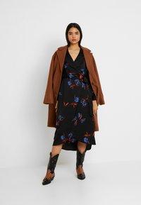 Vero Moda Tall - VMLOLA CALF DRESS  - Maxi šaty - black/lola - 2