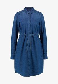 Vero Moda Tall - VMRACHELBOW DRESS - Košilové šaty - medium blue denim - 6