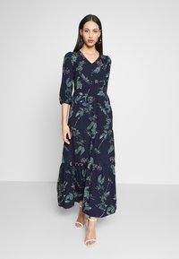 Vero Moda Tall - VMSUS ANCLE DRESS - Maxi dress - night sky - 0