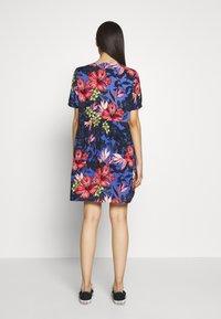 Vero Moda Tall - VMATHEN SHORT SHIRT DRESS - Denní šaty - baja blue/gina - 2