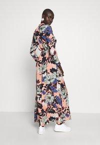 Vero Moda Tall - VMATHEN ANKLE SHIRT DRESS VIP - Vestido largo - misty rose/gina - 2