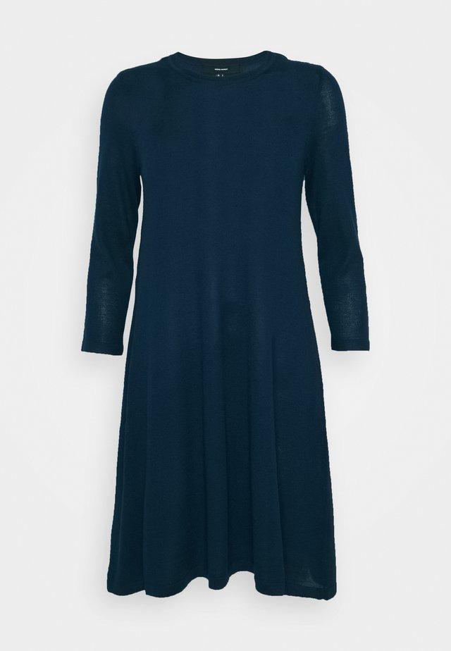 VMFELICITY NECK DRESS - Jumper dress - navy blazer