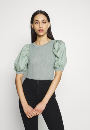 VMVIOLA PUFF SLEEVE - T-shirts med print - green milieu