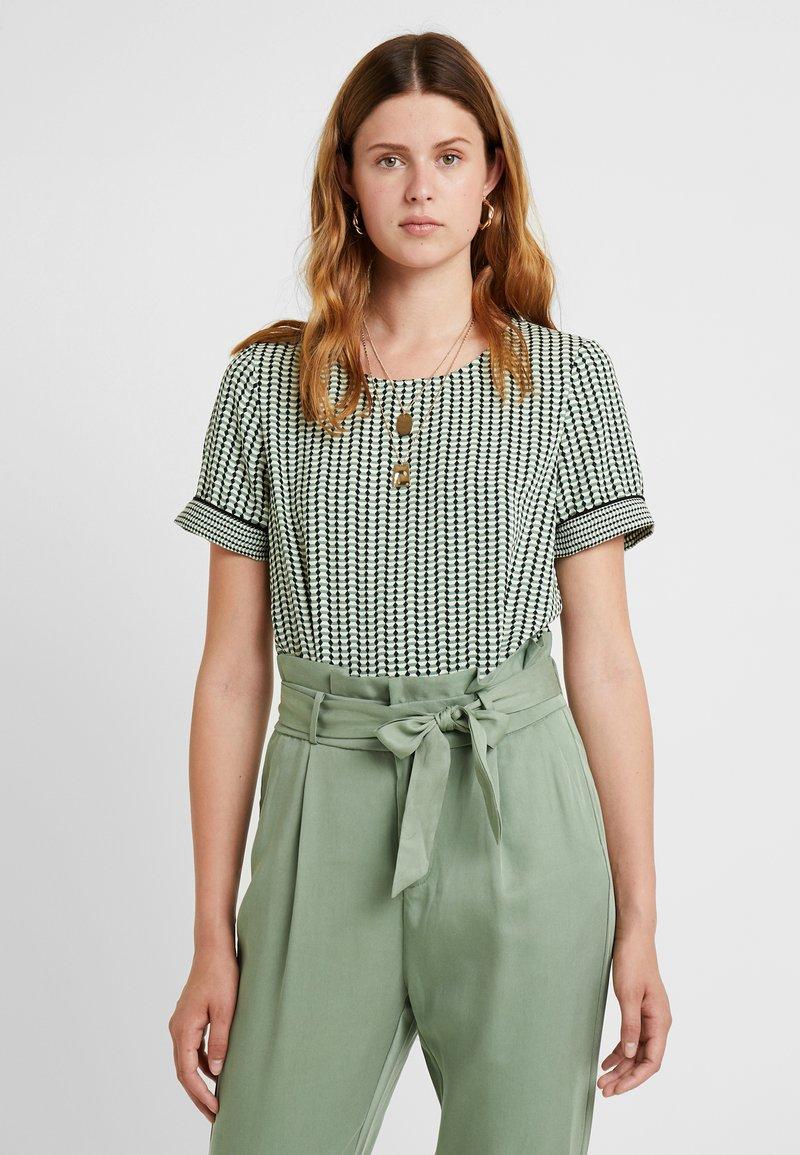Vero Moda Tall - VMARIEL - Bluser - hedge green/ariel