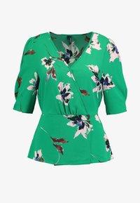 Vero Moda Tall - VMKIMMIE - Blusa - bright green/kimmie - 4