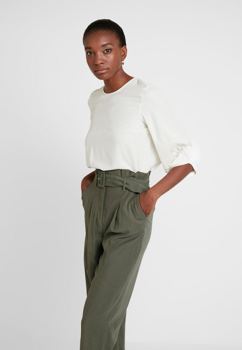 Vero Moda Tall - VMCAROLA 3/4 - Blouse - birch