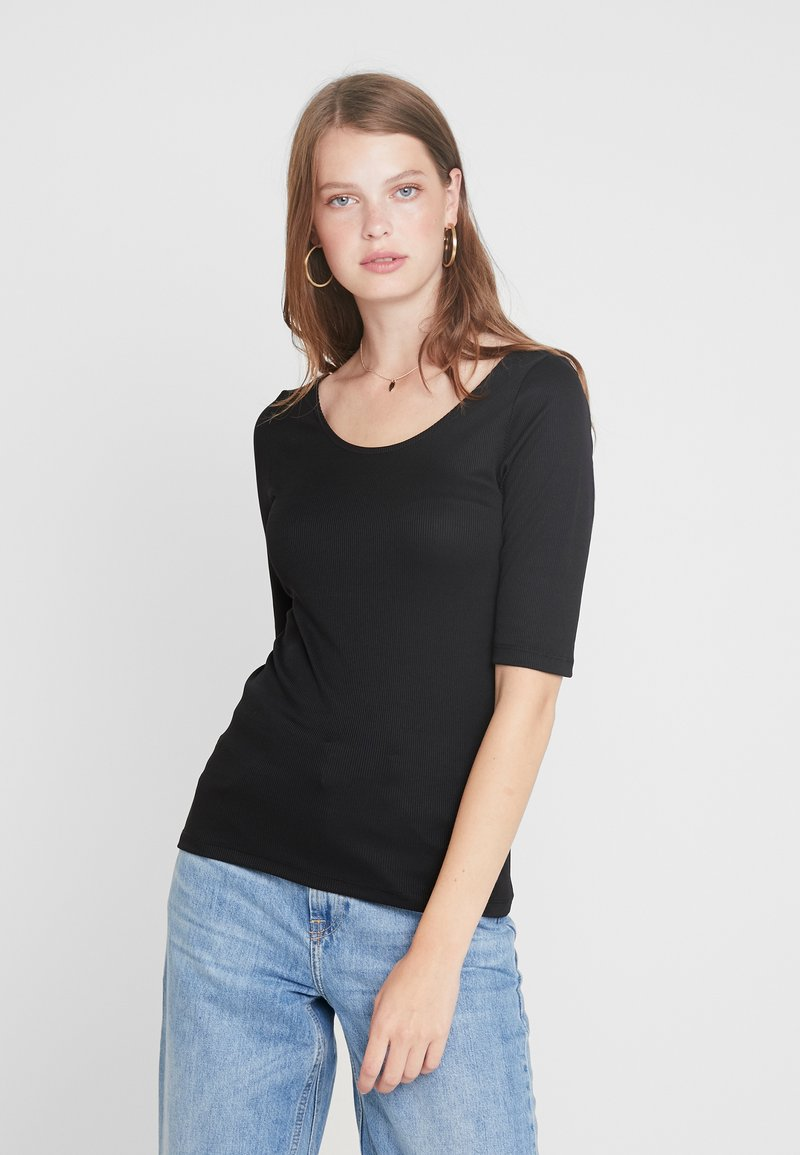 Vero Moda Tall - VMZOIE DEEP NECK - T-shirt basique - black