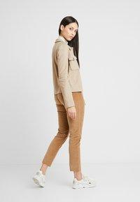 Vero Moda Tall - VMFELICITY - Lett jakke - silver mink - 2