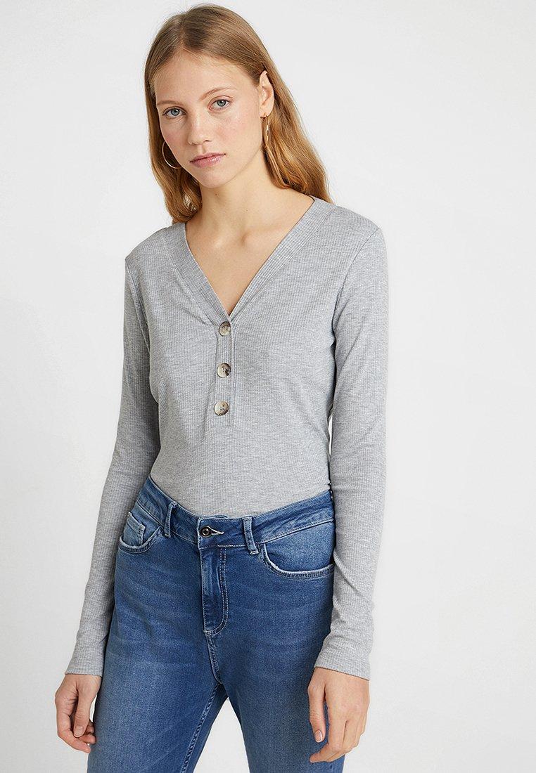 Vero Moda Tall - VMLEYLA V NECK BUTTON - Long sleeved top - light grey melange