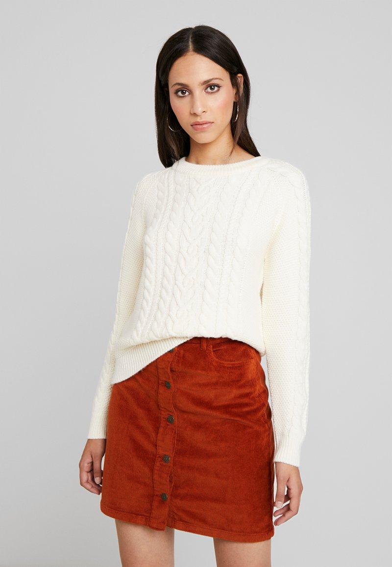 Vero Moda Tall - VMPRIYA O-NECK  - Pullover - pristine