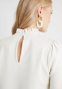 Vero Moda Tall - VMFOREST PLEAT - Sweater - birch - 5