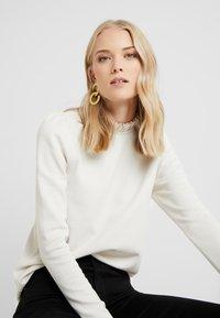 Vero Moda Tall - VMFOREST PLEAT - Sweater - birch - 3
