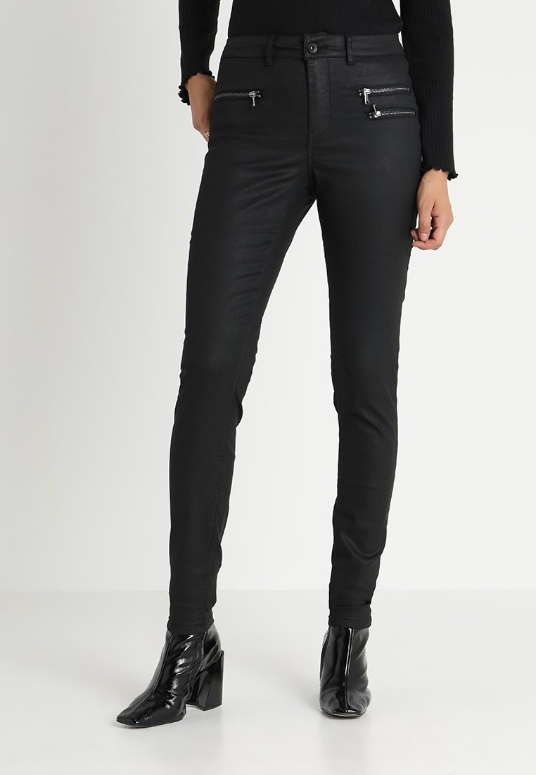 Vero Moda Tall - VMSEVEN COATED ZIPPER PANT - Jeans Skinny Fit - black
