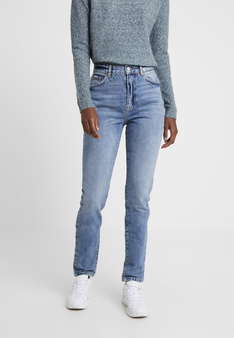 Vero Moda Tall - VMSELENA TAPERED - Slim fit jeans - medium blue denim