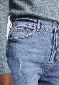 Vero Moda Tall - VMSELENA TAPERED - Slim fit jeans - medium blue denim - 5