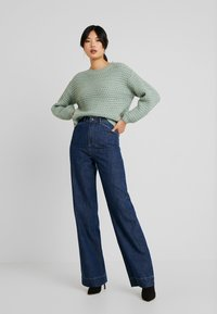 Vero Moda Tall - VMKATHY HERONA WIDE - Široké džíny - dark blue denim - 1