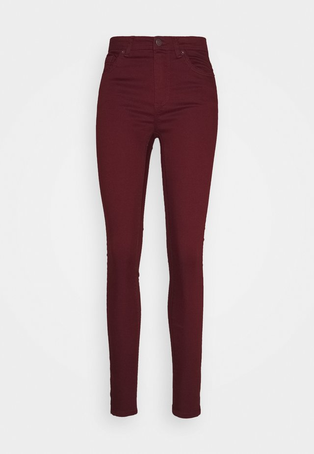 VMTANYA PIPING ANKLE ZIP - Jeans Skinny Fit - cabernet