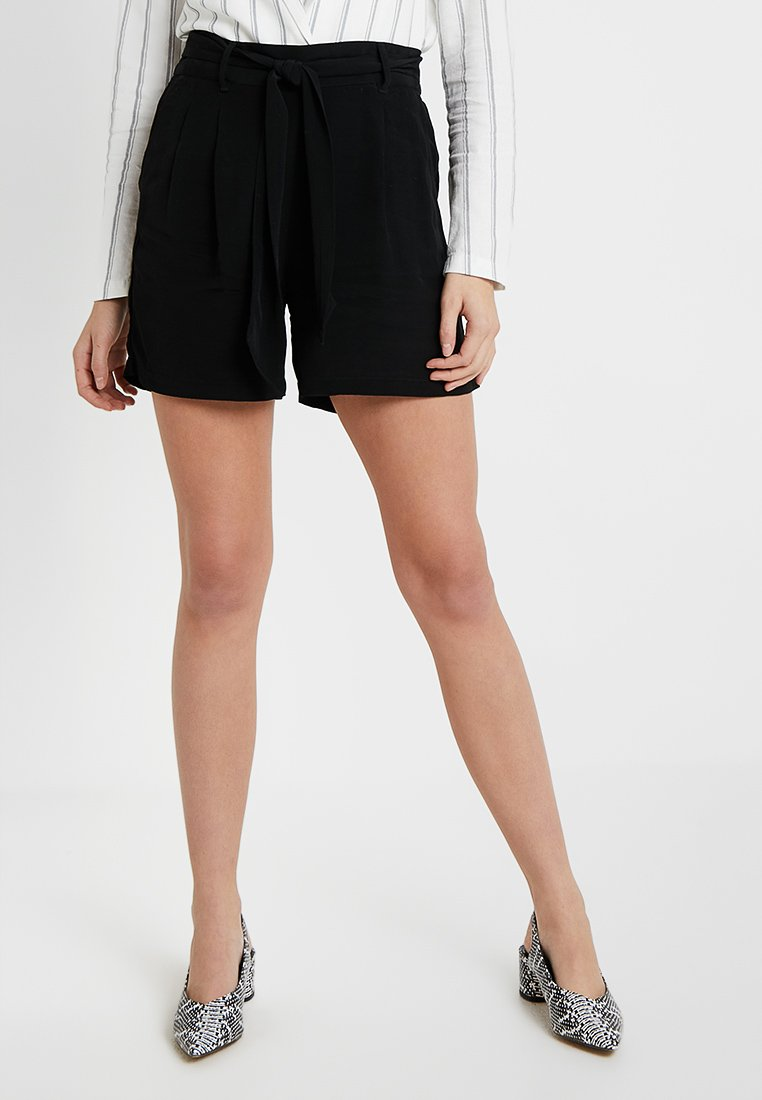 Vero Moda Tall - VMELLA - Shorts - black