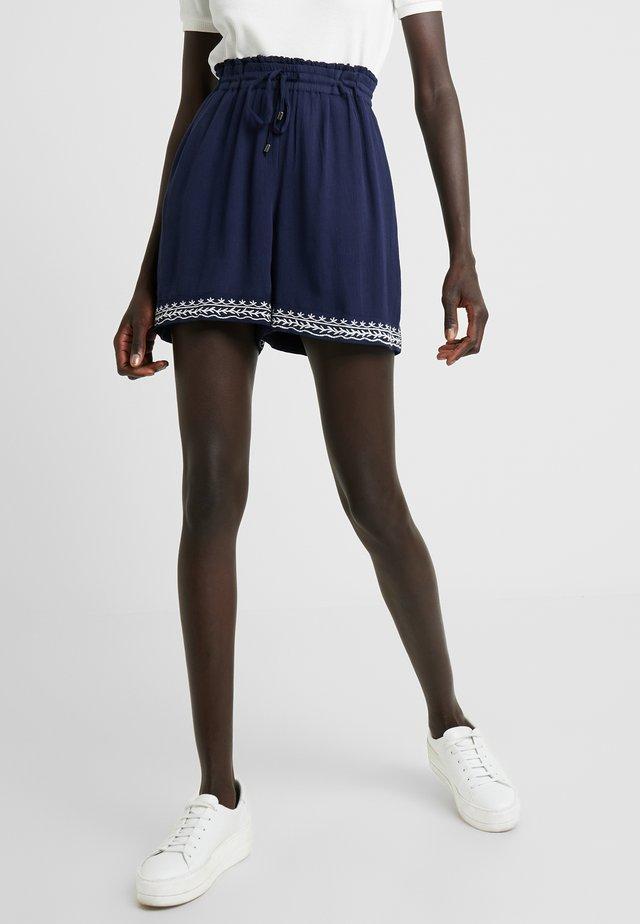 VMHOUSTON - Shorts - navy blazer/snow white