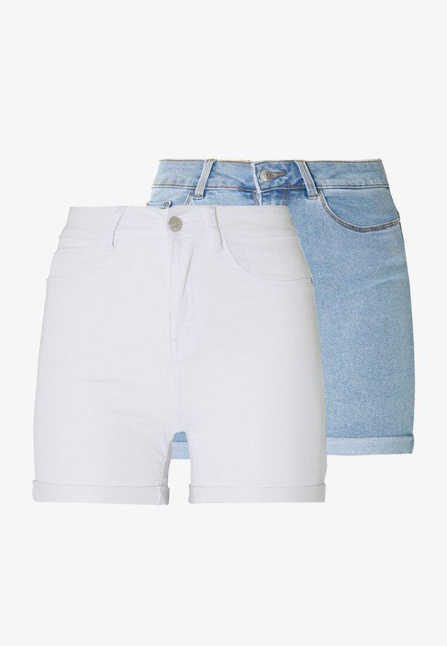 VMHOT SEVEN FOLD TALL - Jeans Shorts - light blue denim/bright white