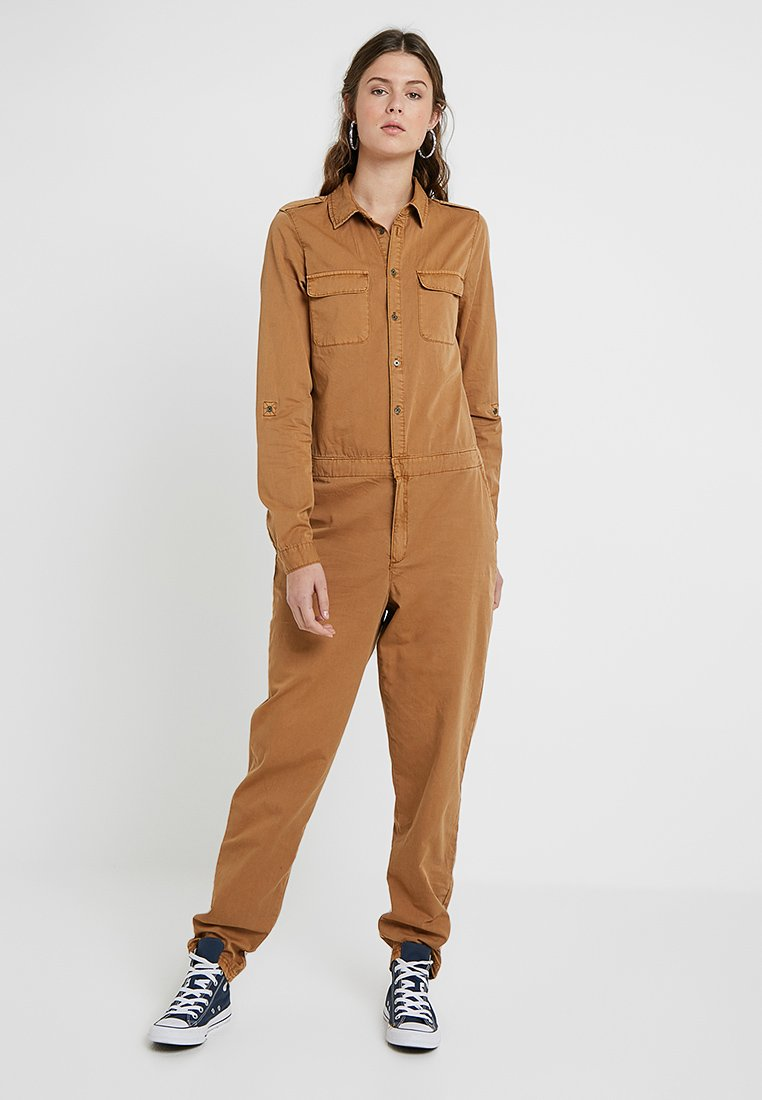 Vero Moda Tall - VMKASSANDRA WORKER - Jumpsuit - tobacco brown