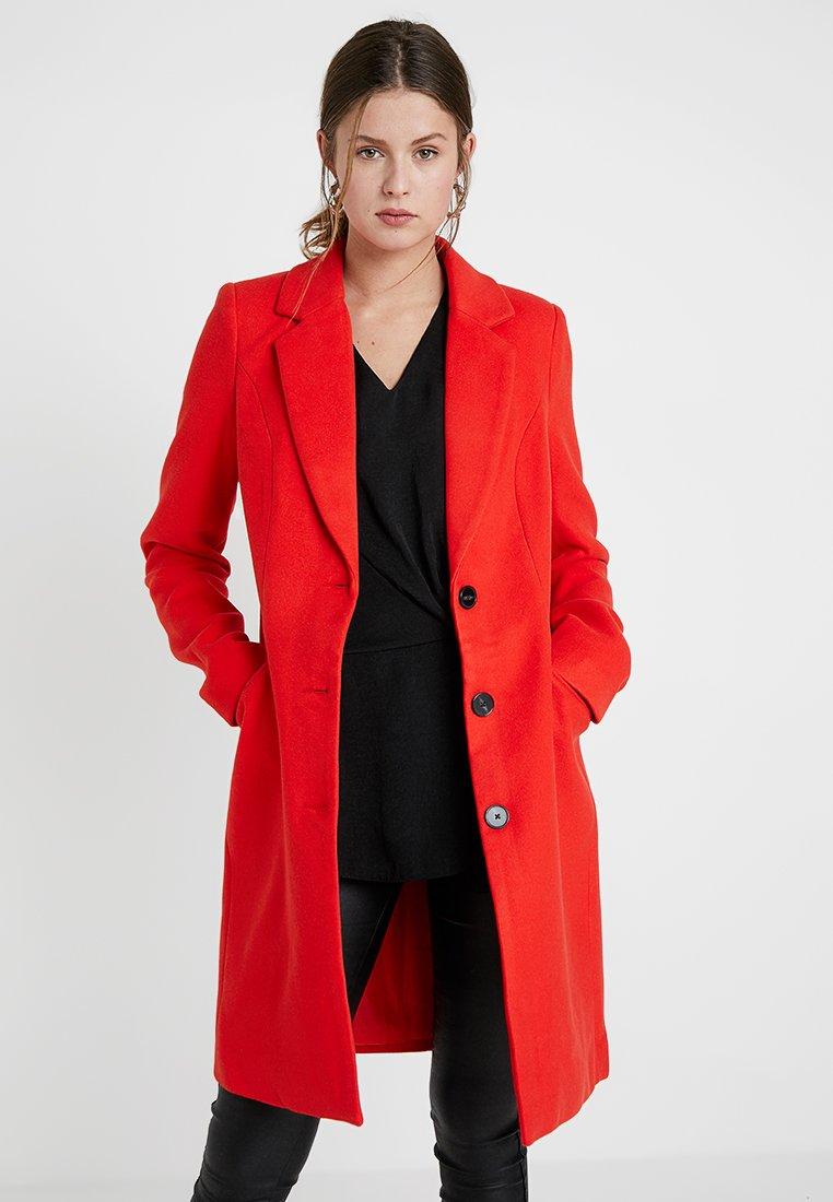 Vero Moda Tall - VMCINDY CALA JACKET - Manteau classique - fiery red