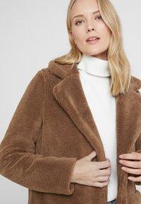 Vero Moda Tall - VMHOLLY - Zimní kabát - tobacco brown - 3
