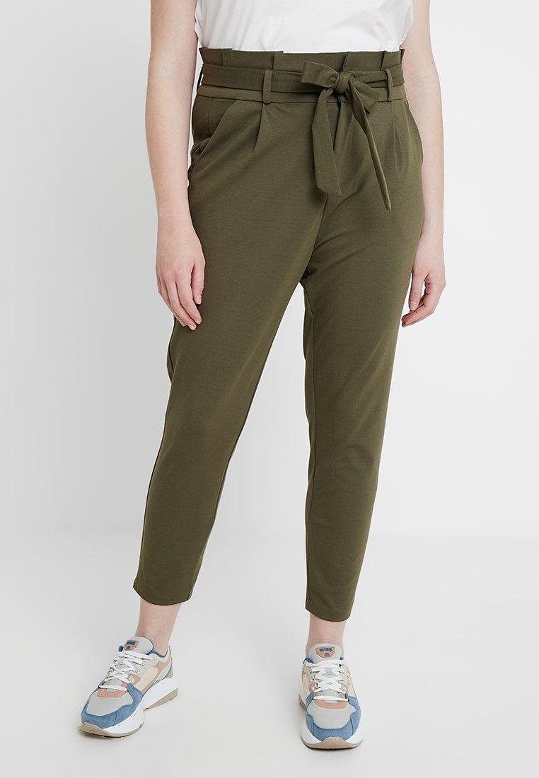 Vero Moda Curve - VMEVA LOOSE PAPERBAG PANT CURVE - Trousers - ivy green