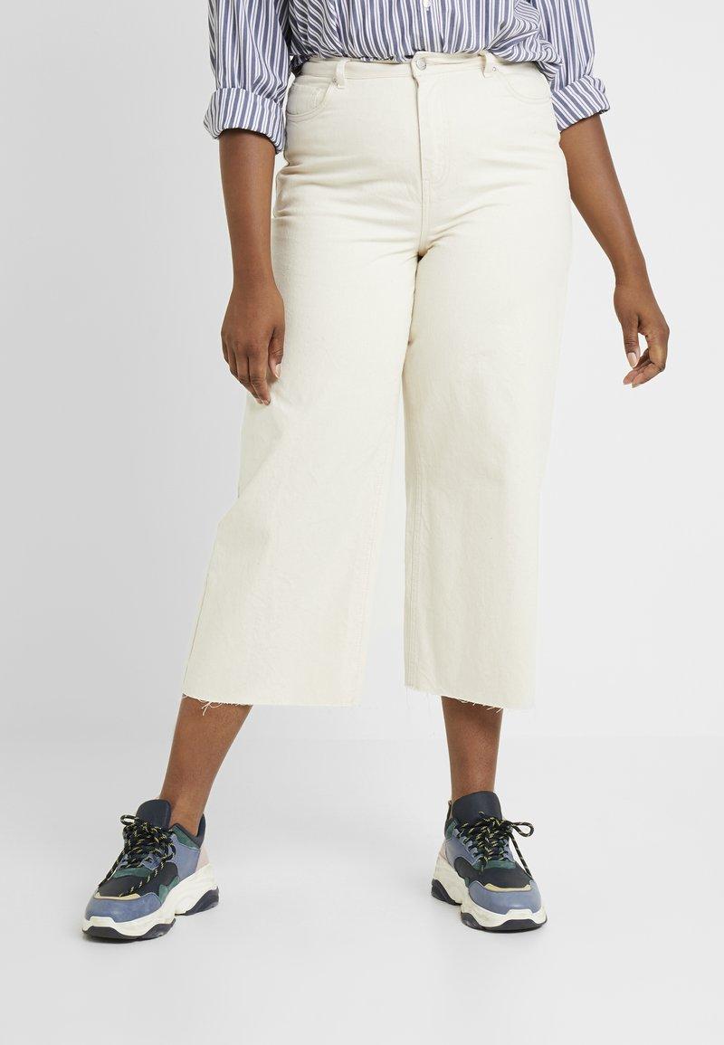 Vero Moda Curve - Kalhoty - birch