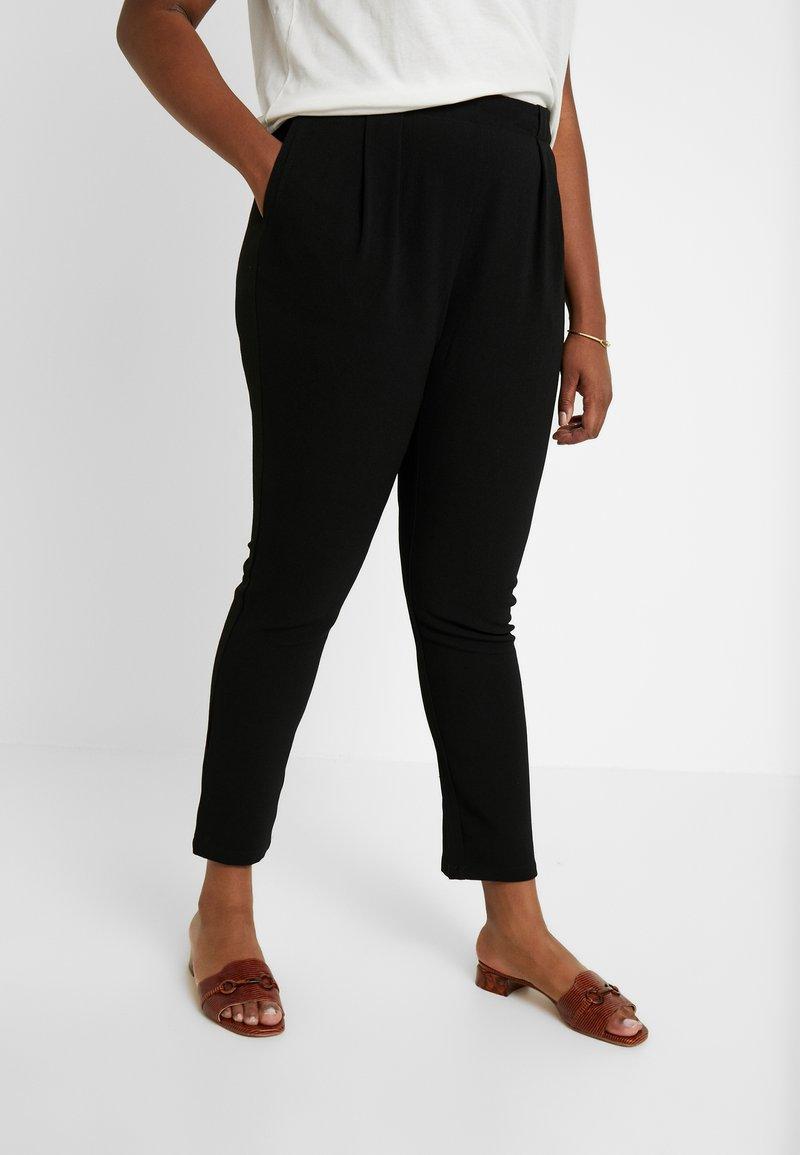 Vero Moda Curve - VMGOIA PANT - Trousers - black