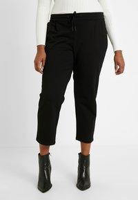 Vero Moda Curve - VMEVA STRING CURVE - Pantalones deportivos - black - 0
