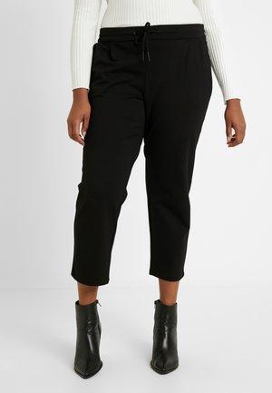 VMEVA STRING CURVE - Pantaloni sportivi - black