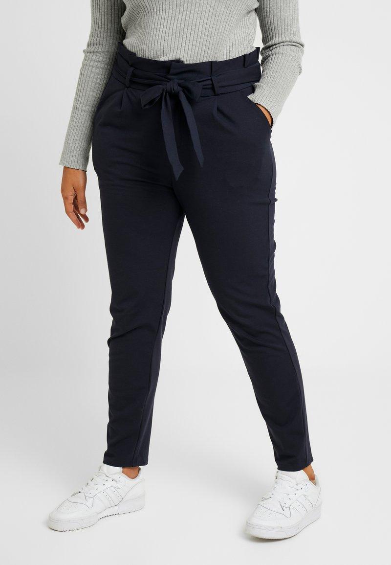 Vero Moda Curve - VMEVA LOOSE PAPERBAG PANT COLOR - Pantalon classique - blue