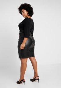Vero Moda Curve - A-line skirt - black - 2