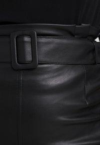 Vero Moda Curve - A-line skirt - black - 6