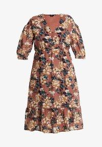 Vero Moda Curve - VMWILMA CALF DRESS - Shirt dress - mahogany/wilma - 5