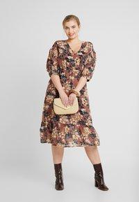 Vero Moda Curve - VMWILMA CALF DRESS - Shirt dress - mahogany/wilma - 2