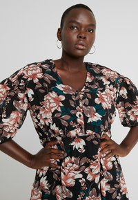 Vero Moda Curve - VMWILMA CALF DRESS - Skjortekjole - black - 5