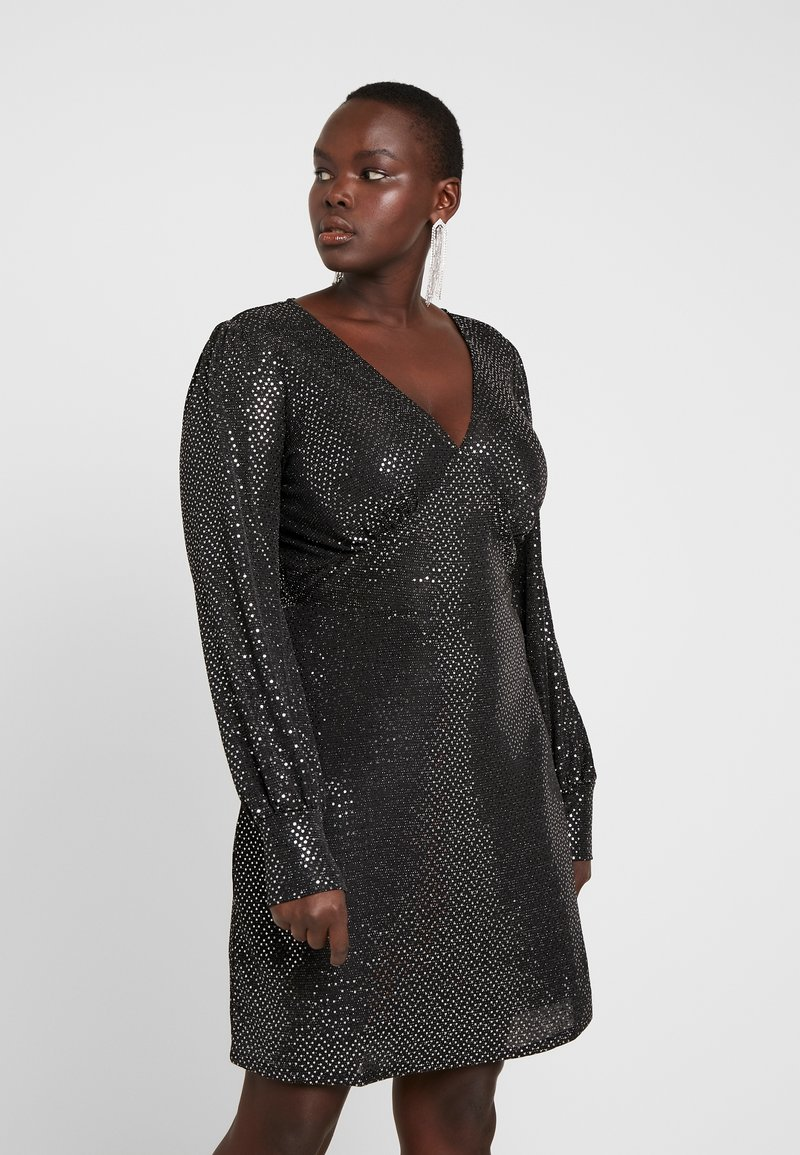 Vero Moda Curve - VMDARLING SHORT DRESS - Cocktailkjole - black/silver