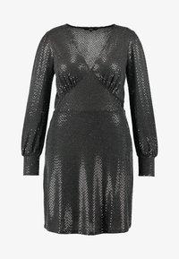 Vero Moda Curve - VMDARLING SHORT DRESS - Cocktailkjole - black/silver - 5