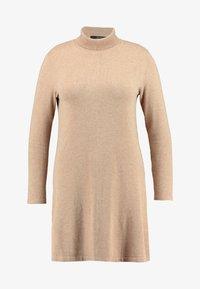 Vero Moda Curve - VMHAPPY ROLLNECK DRESS - Robe pull - tobacco brown/melange - 3
