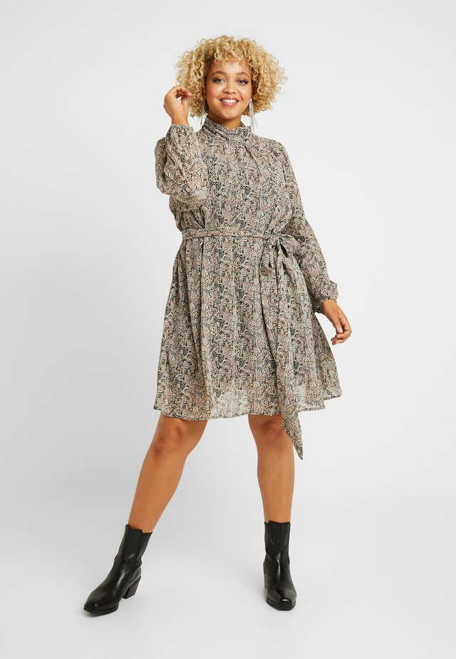 VMJOSEPHINE SHORT DRESS - Korte jurk - birch/josephine