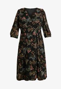Vero Moda Curve - VMJULIE CALF DRESS - Kjole - black/julie - 3