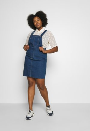 VMEBBE PINAFORE DRESS  - Denim dress - medium blue denim