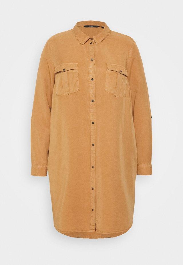 VMSILLA SHORT DRESS  - Blousejurk - tobacco brown